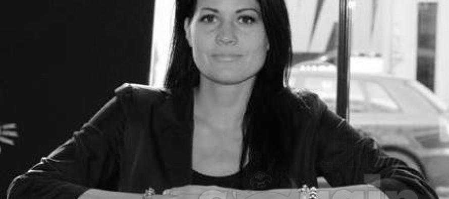 Tunnustatud fotograaf Marika Kiviharju pani paljad staarid kunstiraamatusse!