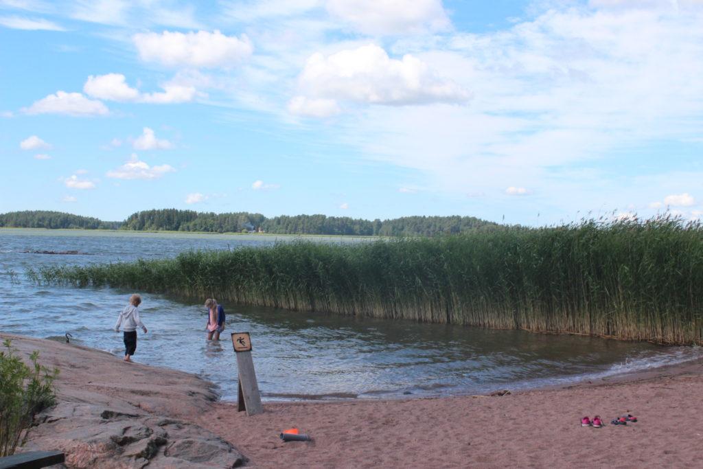 Väski, Finland