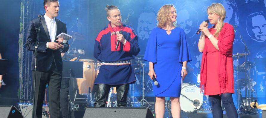 GALERII üritusest: Soome 100 kontserti tulid Tallinna Vabaduse väljakule kuulama nii eestlased kui põhjanaabrid