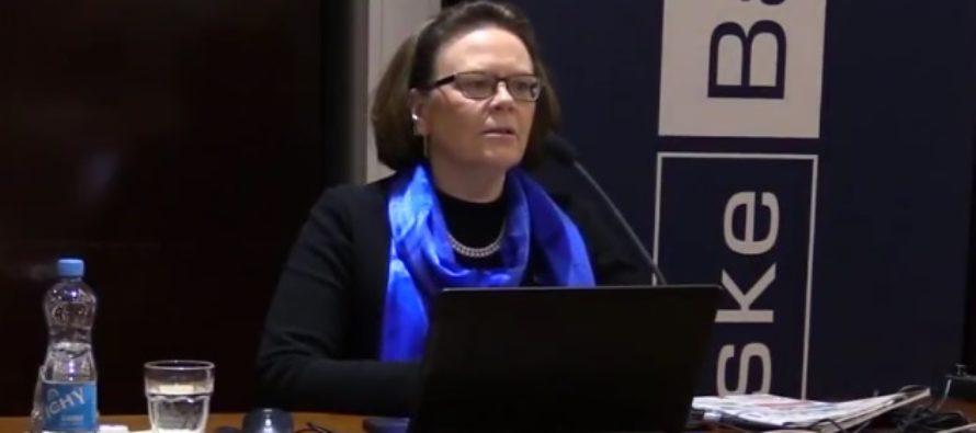 Soome suursaadik Kirsti Narinen sekkus Põdra-TV tegemisse
