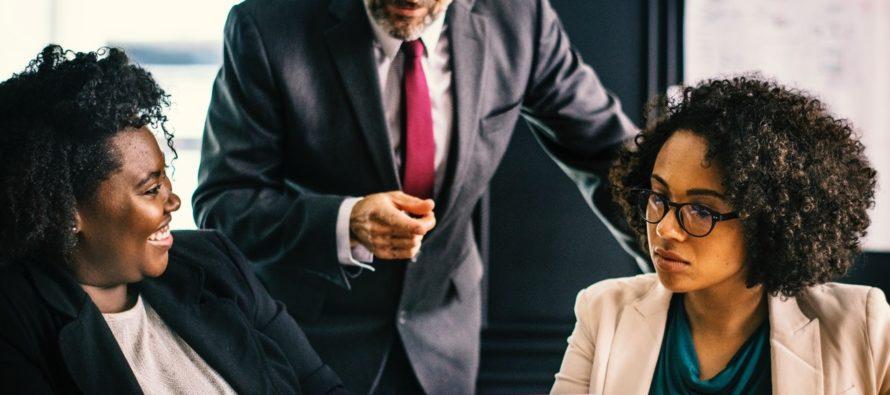 15 MÄRKI sellest, et ülemus on sinusse salamisi armunud
