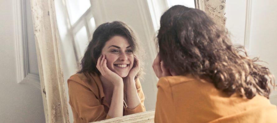 UURING: Kas iseendaga rääkimine tähendab automaatselt, et oled hull? Ei! Loe, miks omaette rääkivad inimesed hoopis geeniused on