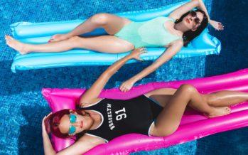 10 MÕTET, mis käivad iga naise peast läbi, kes ujumis- või päevitusriideid ostavad