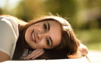 5 põhjust, miks lasta näonahal vahepeal meigist puhata