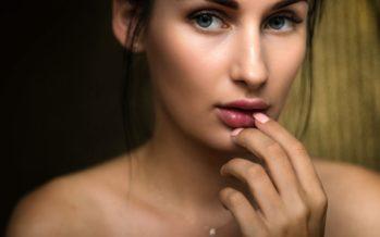 5 meikimisega seotud VIGA, mis põhjustavad tõsist aknet