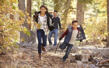 Väikesed lapsed juba maast madalast liikuma! Loe, mis on soovituslik päevane liikumisnorm