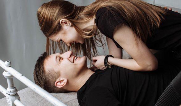 Ligi POOLED naised mõtlevad armatsemise ajal kellegi teise peale – mis arvad, kas sinu naine ka?