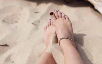 Kaunid jalad ka sügisel + ÕPETUS, kuidas teha kodust pediküüri