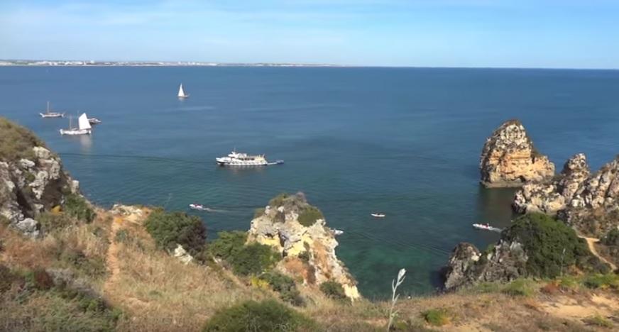 portugal-beach-youtube-ohmygossip