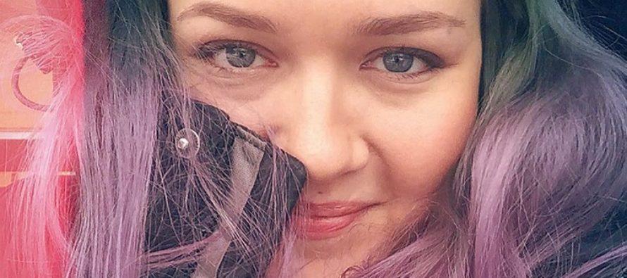 Soome ilublogija Saara Sarvas loobus ilust ja blogimisest: kas elu on tõesti nii mõttetu, et seda rikkuda võhivõõrastelt inimestelt otsitud tunnustusega?