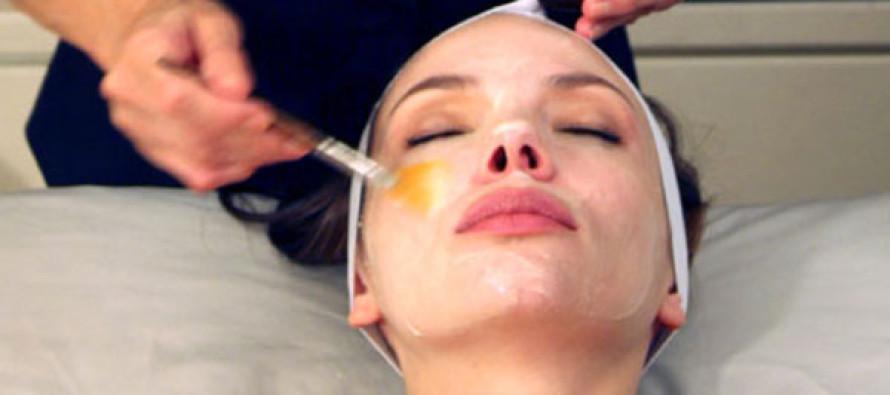Uus trend ilumaailmas: Linnukaka mask! Populaarne ka Hollywoodi tähtede seas! + VIDEOD